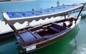 Водный транспорт, оснащенный солнечными батареями появился в Дубае