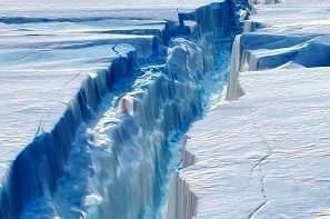 Antarktidaning eng yirik muzliklaridan biridagi yoriqlar kattalashib bormoqda